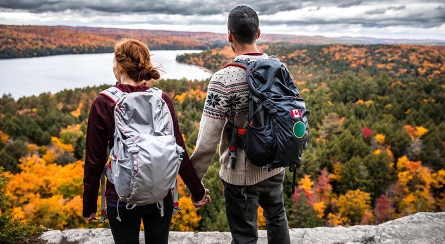 Cara Menikmati Panorama Alam Bagi Backpacker Pemula